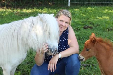 tiermedizinische Angestellte spezialisiert in Pferde