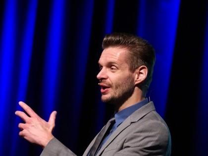 Florian Schroeder 09.03.17